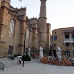 Lefkoşa, sokakta yatırlar ve bir antika bahçesi (4)